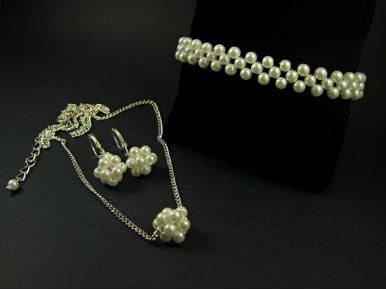 Perles de verres nacrées pour une parure fantaisie habillée